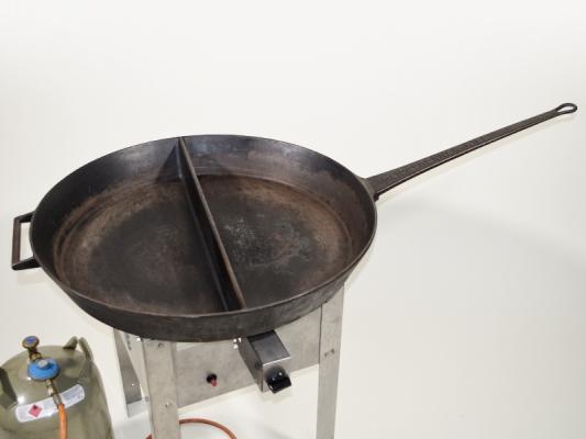 Paella-Pfanne aus Guß, Ø 80 cm geteilt