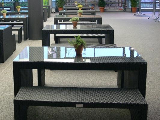 Tisch TRIO mit Glasplatte