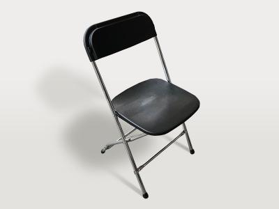 Klappstuhl schwarz mit verchromtem Gestell
